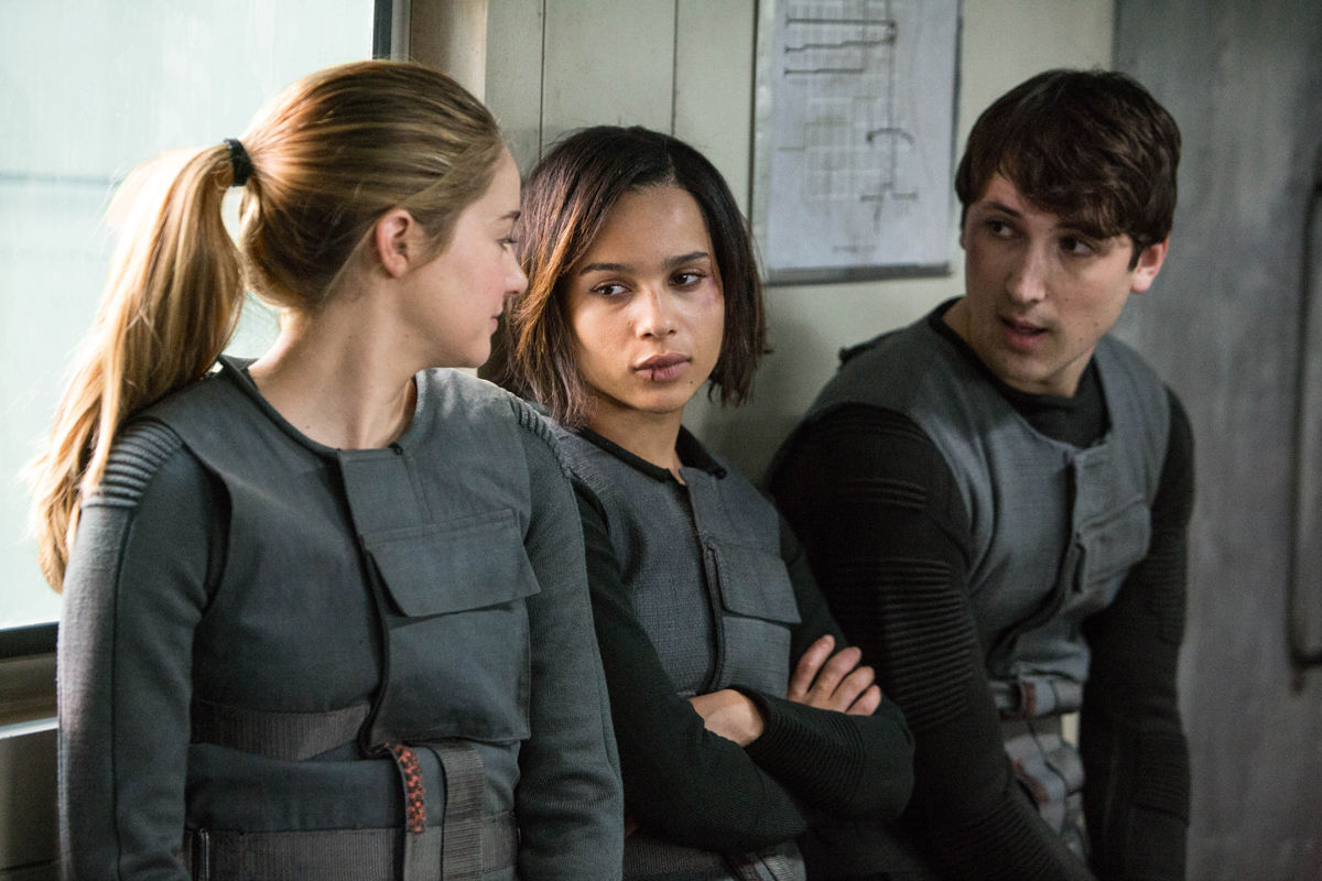 Shailene Woodley Zoe Kravitz and Miles Teller in Divergent  Divergent Movie Image Gallery: Shailene Woodley Gets Tough