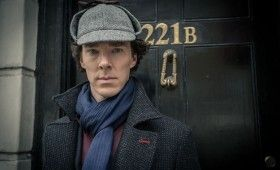 Sherlock season 3 Sherlock in deerstalker 280x170 Sherlock Season 3 Image Gallery Hints at Romance & Conflict