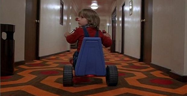 Shining Prequel Director Overlook Hotel Alfonso Cuarón Not Directing Fantastic Beasts; Talks Shining Prequel Rumors