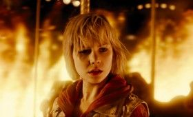 Silent Hill Revelation Heather Mason in the fire 280x170 Silent Hill: Revelation 3D Clip & Image: Psycho Nurses & Hell Fire