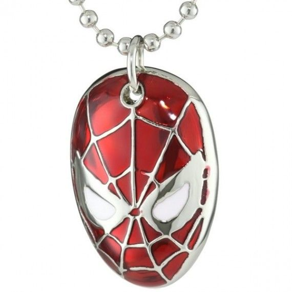 Spider Man Mask Necklace 570x570 SR Geek Picks: Comic Con Survival, Silver Linings Playbook Alternate Ending & More