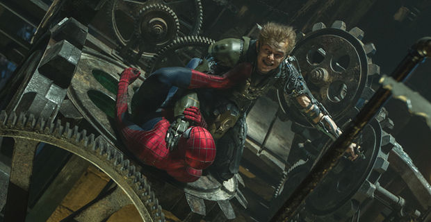 Spider Man vs. Green Goblin in Amazing Spider Man 2 Header Amazing Spider Man 2 Will Setup Sinister Six Characters