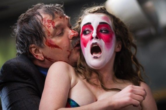 Stage Fright SXSW Still 570x379 2014 SXSW Horror Round Up: 'Oculus,' 'Stage Fright,' 'Creep,' 'The Guest' & More