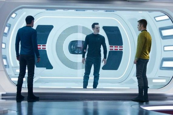 Star Trek Into Darkness Image 570x379 Star Trek 2 Image Clarifies Japanese Trailer Footage? Villain Alias Revealed