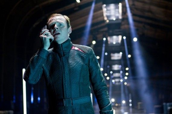Star Trek Into Darkness Worried Scotty 570x379 'Star Trek Into Darkness': Simon Pegg & John Cho on Spoilers, Star Trek 3, & Star Wars