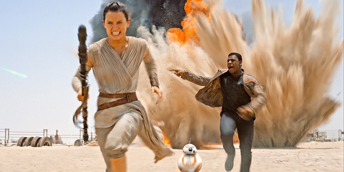 Star Wars TFA](Spoilers) My observations about Rey, and how this ties ... Running Away From Explosion Gif