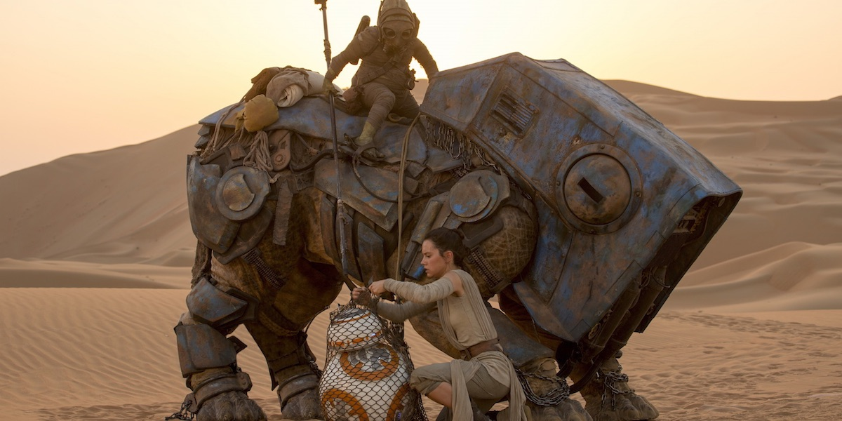 http://screenrant.com/wp-content/uploads/Star-Wars-7-Force-Awakens-Teedo-Luggabeast.jpg