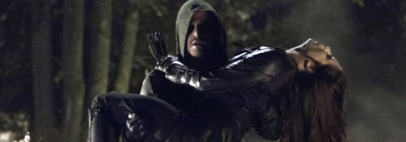 Stephen Amell and Jessica De Gouw in Arrow Vendetta Arrow Season 1, Episode 8 Review – Falling Out