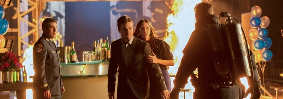 Stephen Amell and Katie Cassidy in Arrow Burned Arrow Season 1, Episode 10 Review – Scorched Earth