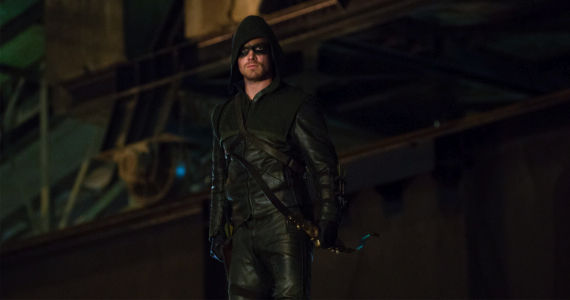 Stephen Amell in Arrow Honor Thy Father Arrow Season 1, Episode 2: Honor Thy Father Recap