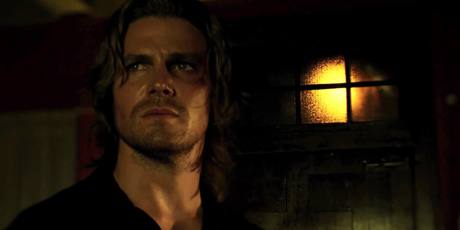 arrow stephen amell says flashbacks likely done after