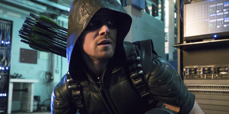 Stephen Amell in Arrow Season 4