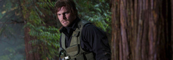 Stephen Amell in Arrow Trust But Verify Arrow Season 1, Episode 11 Review – A Question of Loyalty