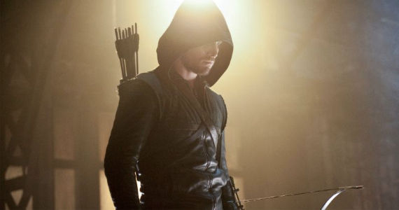Stephen Amell in Arrow Vendetta Arrow Season 1, Episode 8 Review – Falling Out