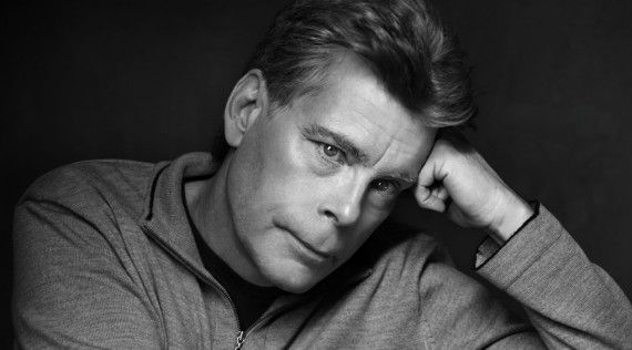Stephen King 570x316 Stephen King Zombie Film Cell To Be Directed by Paranormal Activity 2 Helmer