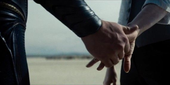 Superman and Lois Lane Holding Hands in Man of Steel 570x288 Man of Steel: Potential Lois Lane Spoilers