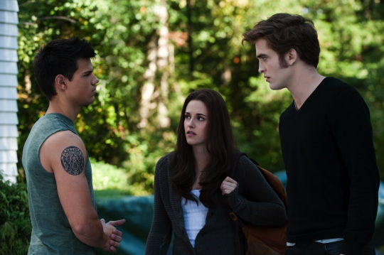 The Twilight Saga Eclipse Latino Review image3 New Eclipse Images