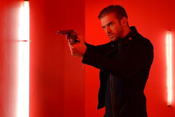The Guest SXSW Still 570x380 2014 SXSW Horror Round Up: 'Oculus,' 'Stage Fright,' 'Creep,' 'The Guest' & More