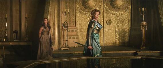 Thor 2 The Dark World Dark Frigga Still Trailer 570x237 Thor 2 The Dark World Dark Frigga Still Trailer