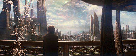 Thor 2 The Dark World Official Photo Jane Foster Asgard 570x235 Thor 2 The Dark World Official Photo Jane Foster Asgard