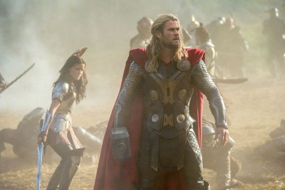 Thor The Dark World Sif Battle Full Size 570x379 Thor The Dark World Sif Battle Full Size