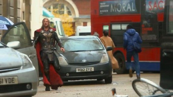Thor The Dark World Streets of London 570x320 Thor 2 Trailer Description; Attached To Iron Man 3 [Updated]