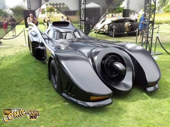 Tim Burton Movie Batmobile Comic Con 2012 570x427 Tim Burton Movie Batmobile (Comic Con 2012)