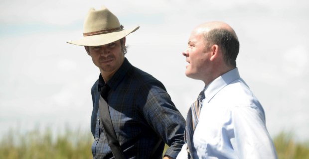 Timothy Olyphant and David Koechner in Justified Season 5 Episode 1 Justified Season 5 Premiere Review