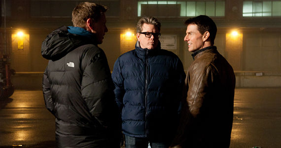 Tom Cruise and Christopher McQuarrie on Jack Reacher set Jack Reacher Director Christopher McQuarrie on Directing Jail & Sequel Ideas