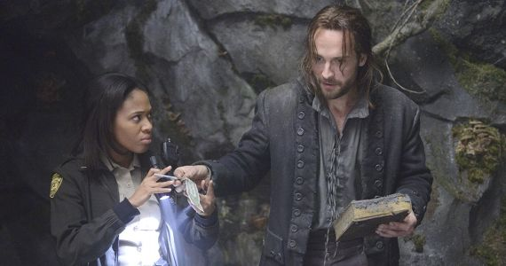 Tom Mison and Nicole Beharie in Sleepy Hollow Season 1 Sleepy Hollow Cast Tease Upcoming Monsters, Character Arcs & Plot Twists