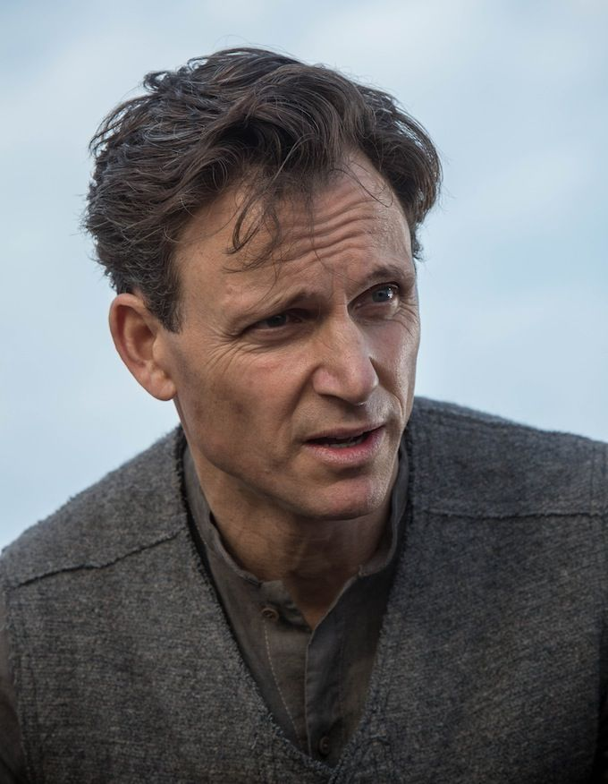 Tony Goldwyn in Divergent  Divergent Movie Image Gallery: Shailene Woodley Gets Tough