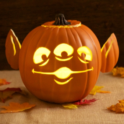 Toy Story Alien Pumpkin Carving Template SR Geek Picks: How Star Trek 2 Shouldve Ended, Celebrity Walter Whites & More