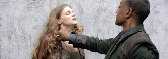 Tracy Spiridakos and Giancarlo Esposito in Revolution Sould Train Revolution Season 1, Episode 5: Soul Train Recap
