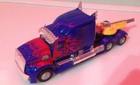 Transformers 4 Age of Extinction New Optimus Prime Vehicle Mode 280x170 Transformers 4: New Optimus Prime Robot Design Revealed?
