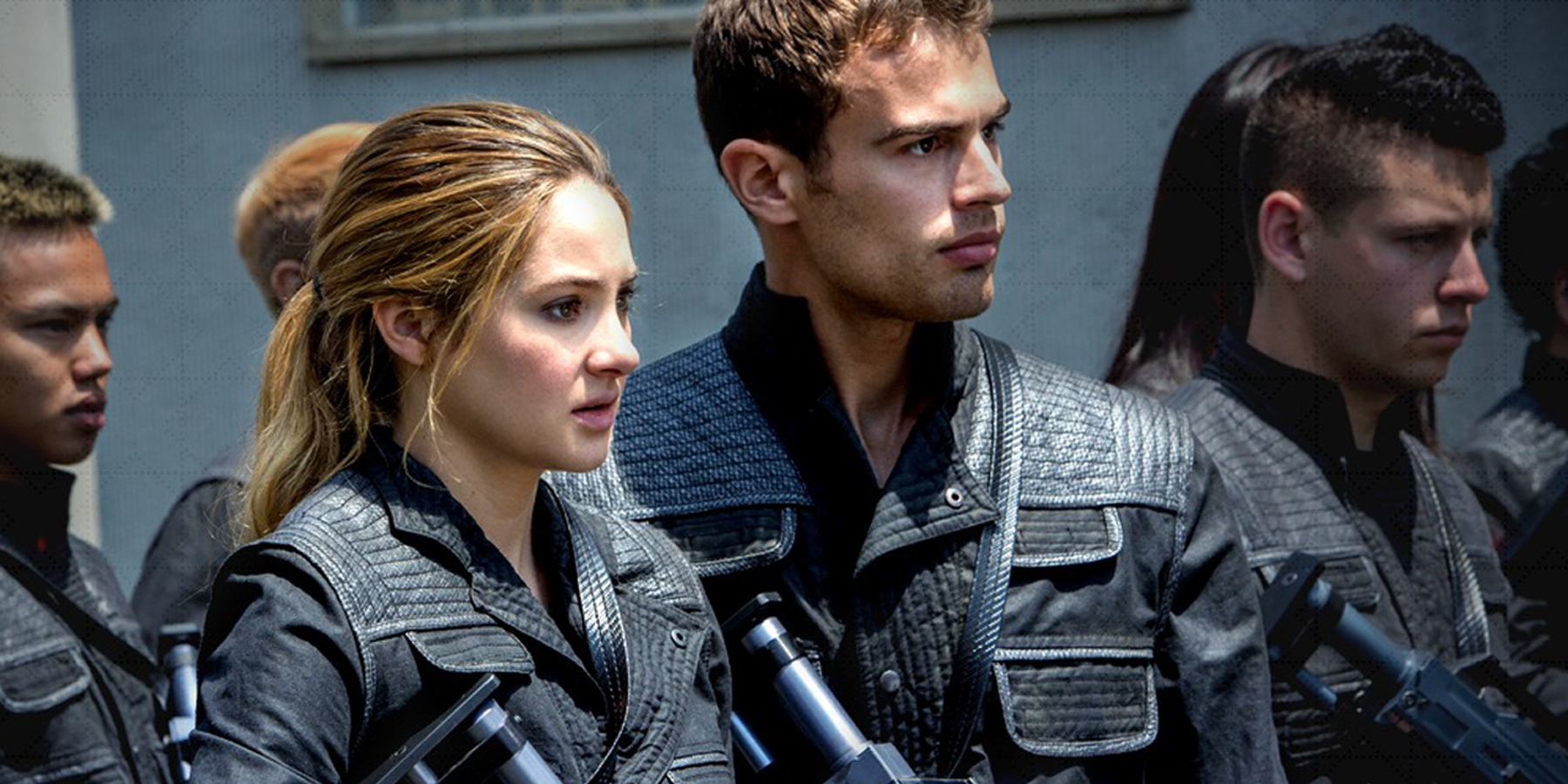 Are tobias and tris dating in real life 1