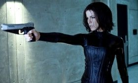Underworld 4 Images Kate Beckinsale aims gun 280x170 Underworld 4 Image Gallery & Clips; Kate Beckinsale Talks Franchise Future