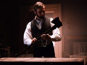 abraham lincoln vampire hunter image 280x210 Movie Image Roundup: Prometheus, G.I. Joe 2, Riddick & More