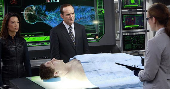 agents of shield episode 6 Agents of S.H.I.E.L.D. Star Says Coulson Explanation is Worth the Wait
