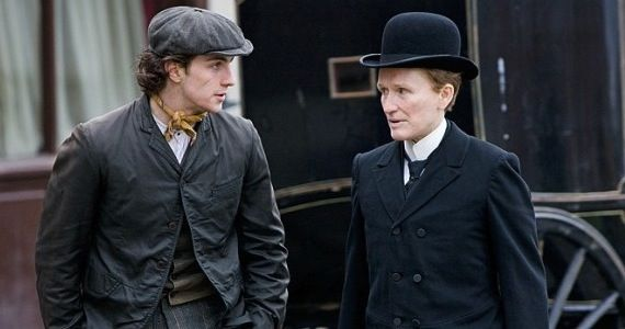 albert nobbs trailer Albert Nobbs Trailer: Tender Period Drama With Cross Dressing