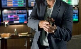 alex cross ed burns gun 280x170 Alex Cross Images Include An Armed Tyler Perry & Ripped Matthew Fox