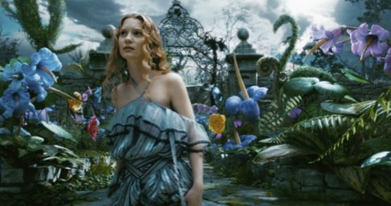 alice wonderland burton sequel Tim Burtons Alice in Wonderland is Getting a Sequel