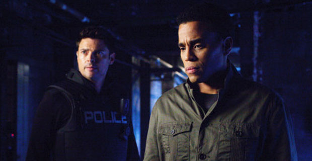 almost human season 1 episode 4 bends kennex dorian 2 Almost Human: Is it Time for a Serialized Story Arc?