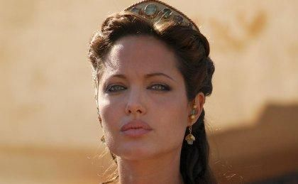 angelina jolie1 David Fincher & Eric Roth May Reunite For Cleopatra With Angelina Jolie