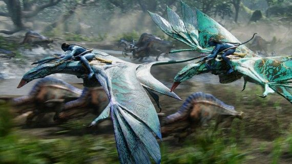 avatar special edition 01 570x320 James Cameron Talks Avatar Sequels, Cleopatra And More [UPDATED]