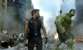 avengers hawkeye hulk 280x170 The Avengers: Loki Clip, Featurette & New Photo Gallery