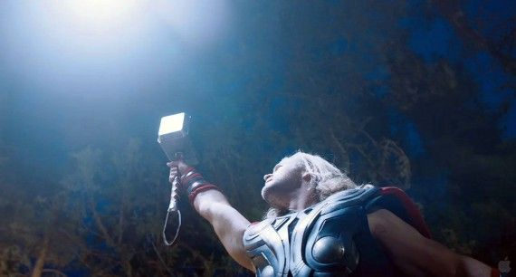 avengers trailer051 570x306 Another shot of Chris Hemsworth as Thor with a light from above.