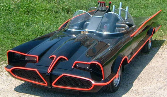 batman and robin1 25 Most Iconic Cars From TV & Movies