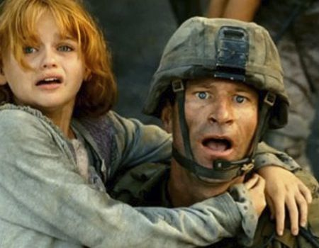 aaron eckhart battle los angeles