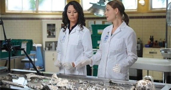 bones season 9 episode 7 Brennan makeshift lab Bones Honeymoon Is All Work and No Play