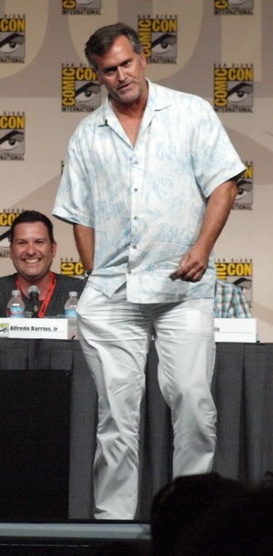 burn notice comic con 2009 panel bruce campbell Burn Notice Panel   Comic Con 2009